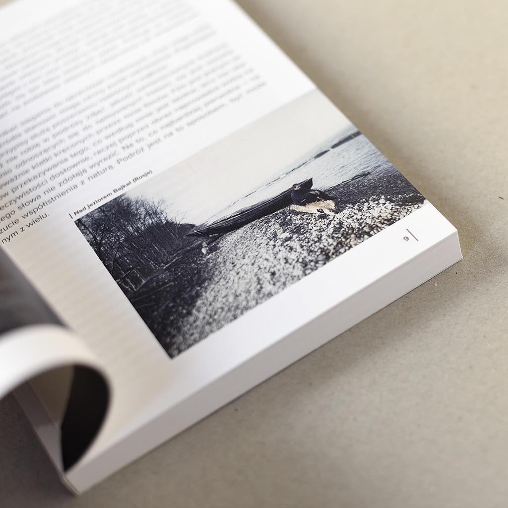 Mariusz Kurc środki książki Na obrzeżach świata w centrum życiaMariusz Kurc środki książki Na obrzeżach świata w centrum życia