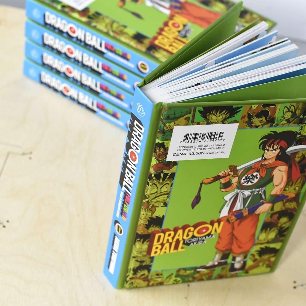 Zdjęcie książki w oprawie twardej Dragon Ball